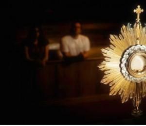 Solenidade do Corpo e Sangue de Cristo: Mc 14,12-16.22-26 - Eucaristia: presença oferecida em comunhão